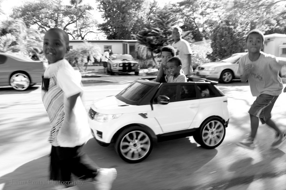 Black & white street photography in Miami