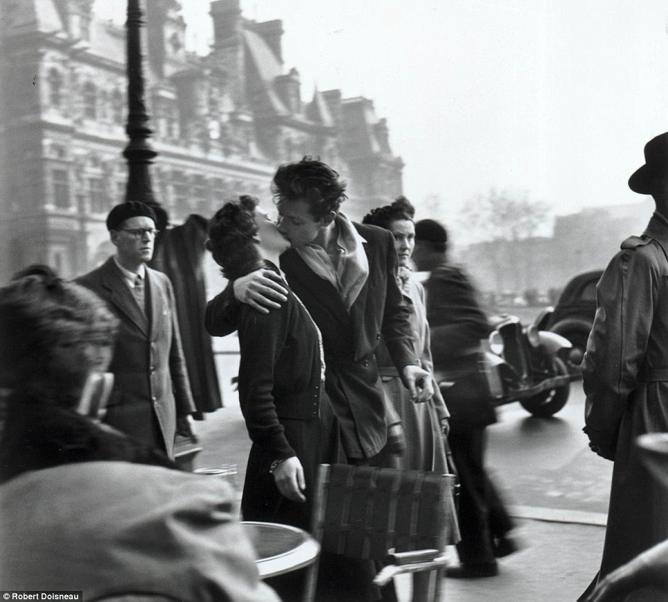 Doisneau book review by Liam Crotty